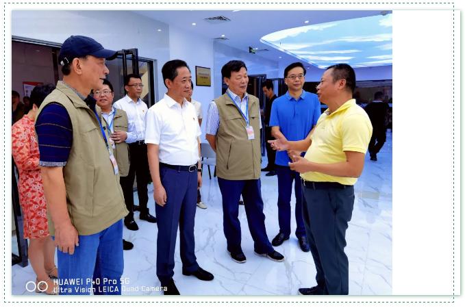 漳州电商直播产业园举行授牌仪式,直播带货成为一县一品的标配